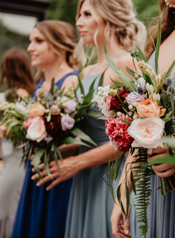 Wedding Day Packing List for Bridesmaids (+ FREE Notion Template)